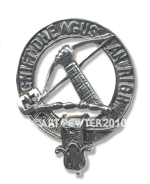 MacInnes Clan Crest Badge